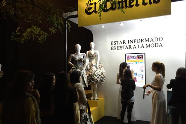 Pantalla táctil con El Comercio